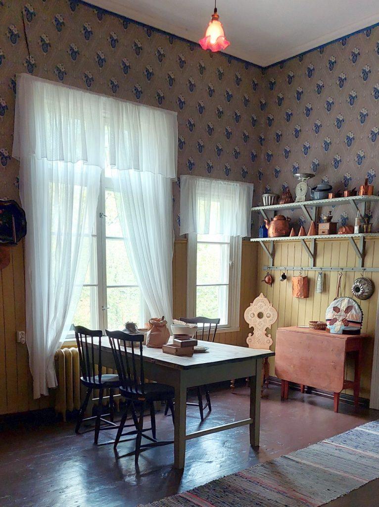 Palanderin talon keittiö